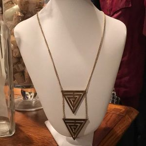 Gold Triangle🔻Necklace